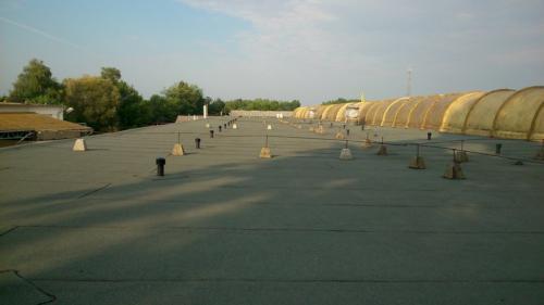 Lapostető , magastető csapadékvíz elleni szigetelés Hajdúdorogi 2002 Építőipari Kft