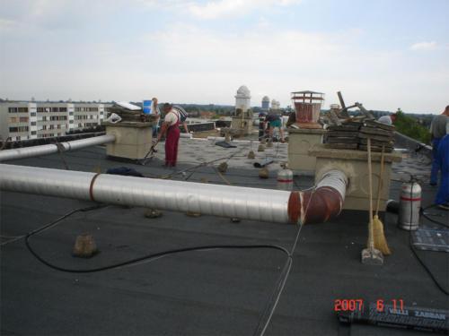 Lapostető , magastető csapadékvíz elleni szigetelés Hajdúnánási Bocskai Lakásszövetkezet 37 41